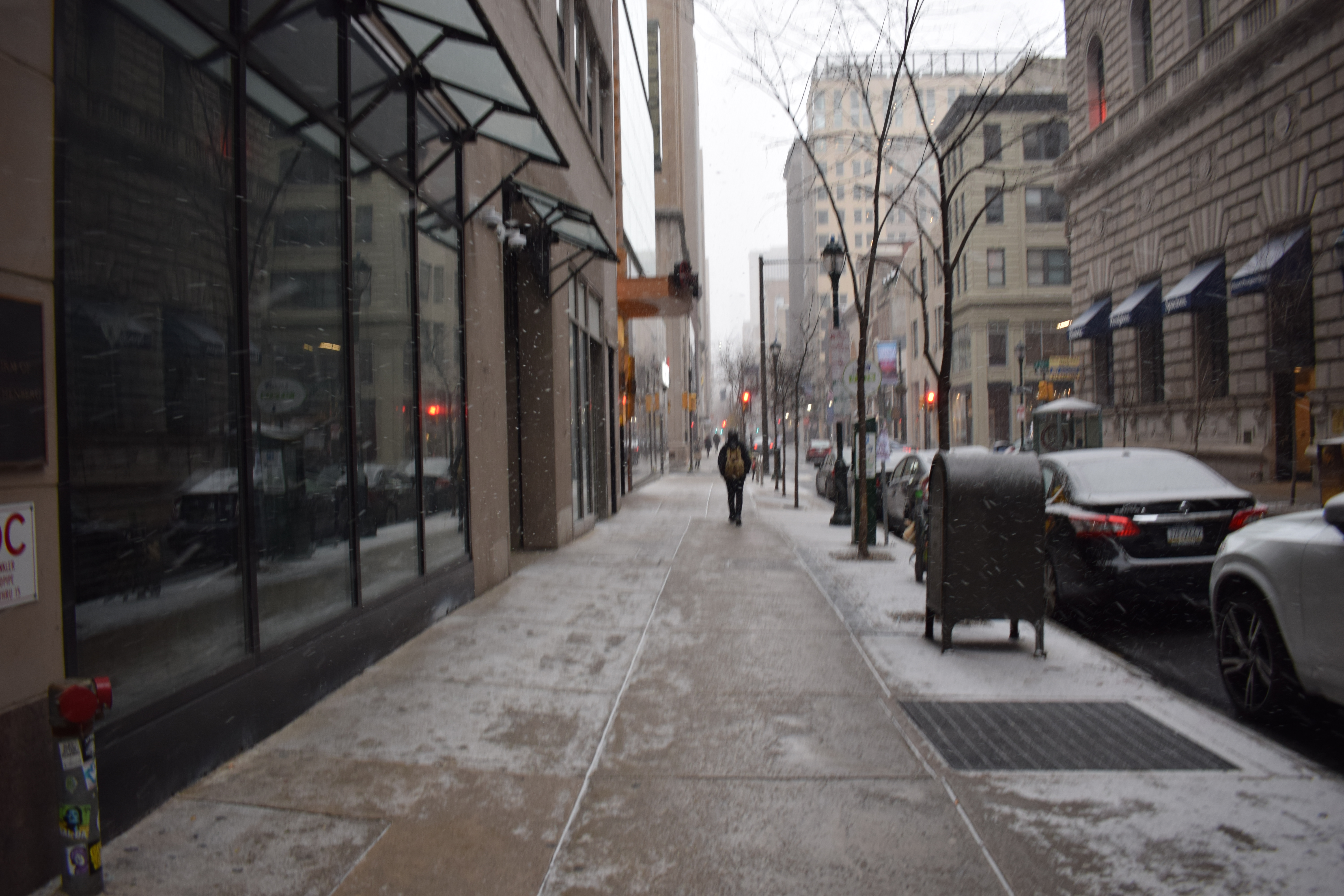 snowing-in-philly-1
